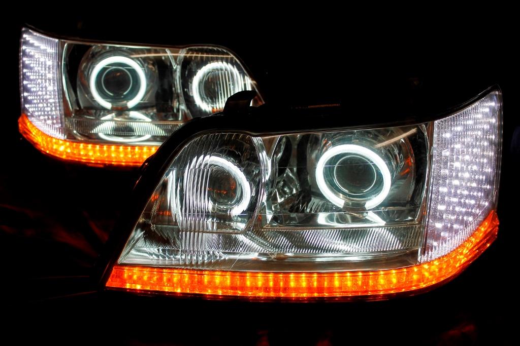 17クラウンマジェスタ ヘッドライト LED加工