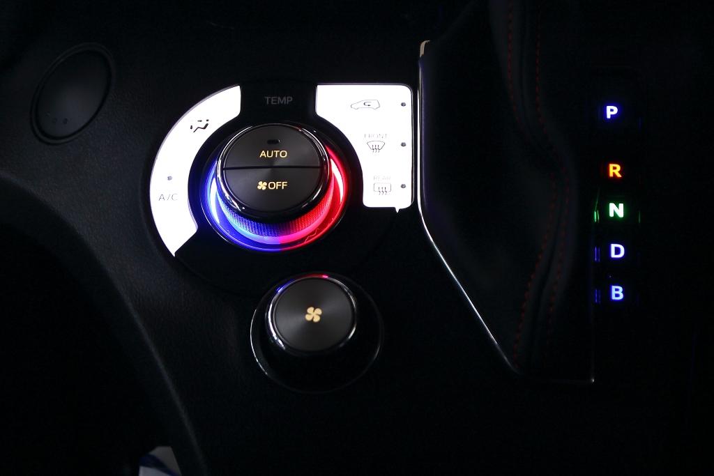 NHP17 シエンタ 内容LED打ち替え