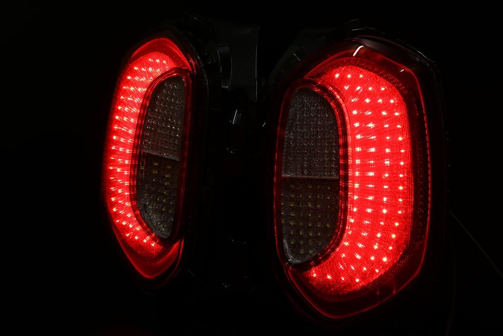 MN71S クロスビー LED加工 シーケンシャルウインカー テールランプ