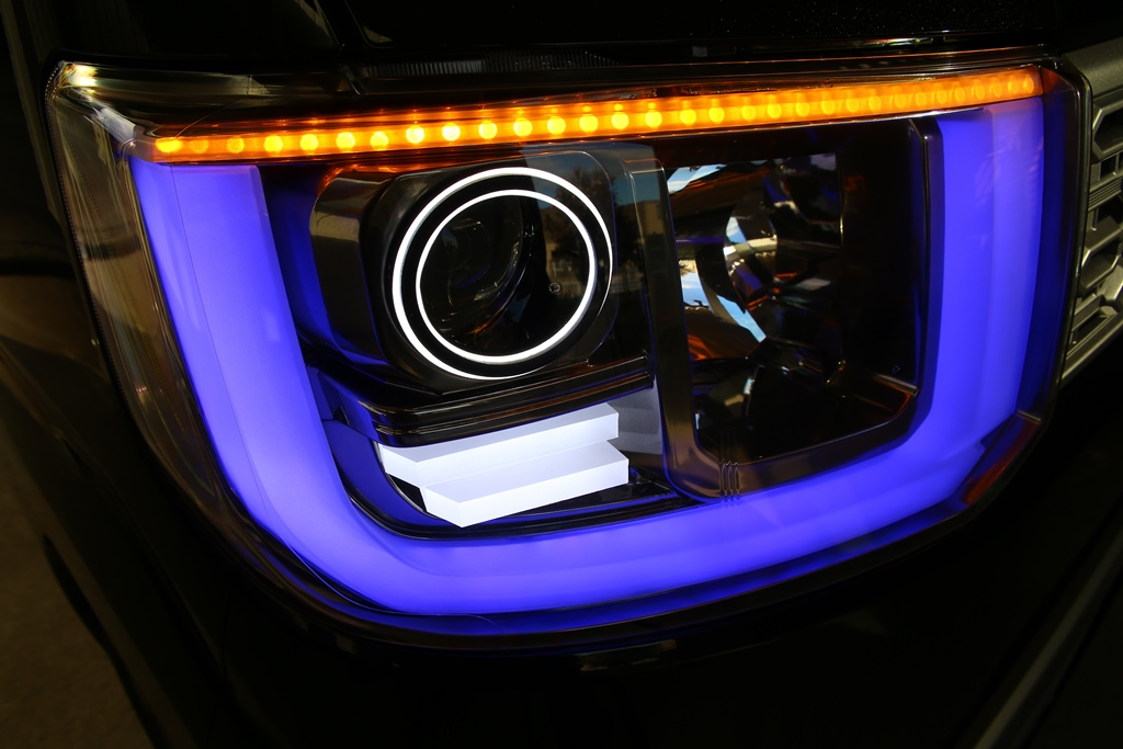 LA700S ウェイク ヘッドライト LED加工 シーケンシャルウインカー