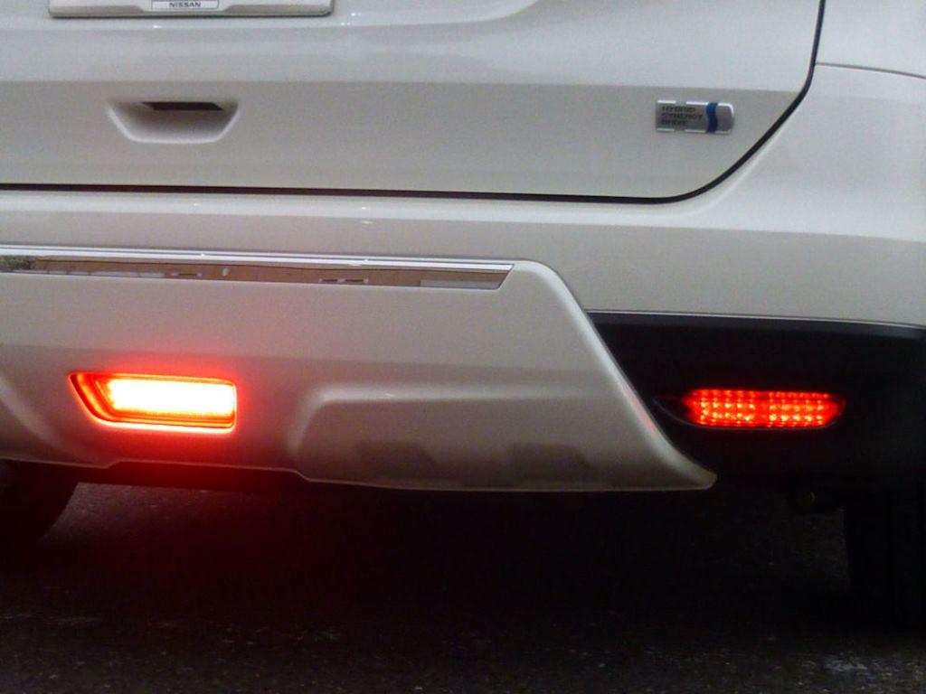 E52 エルグランド ハイマウント LED加工